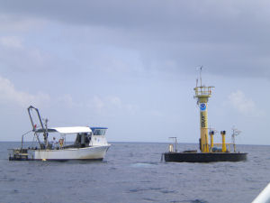Research Vessel Sabina tied up at the Aquarius Life Support Buoy (LSB)