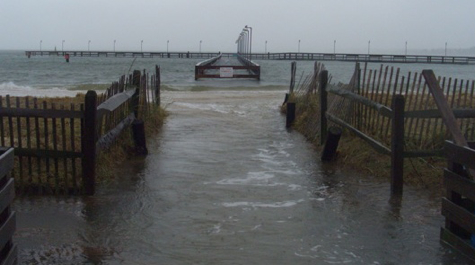 Storm photos and video virginia institute of marine science for Nor easter fishing
