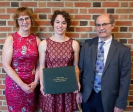 Graduate Kristen Bachand (C) with her parents Ginny and Greg Bachand following the VIMS Diploma ceremony. © N. Meyer/W&M.