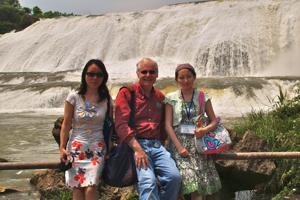 VIMS professor Michael Newman (C) with Dr. Xiong Li of Central China Normal University (L) and VIMS Ph.D. student Xu Xiaoyu at Doupotabg Waterfalls near Guiyang, China following a 2009 conference on mercury pollution.